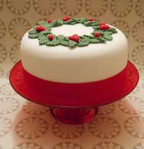 Cake Decorating Holidays Uk : CHRISTMAS CAKES are ready to order! Alice s Vintage Pantry
