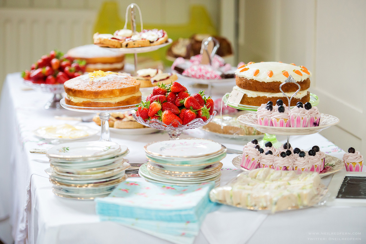 Images Of Cake Tables For A Wedding : Vintage Cake Tables Alice s Vintage Pantry