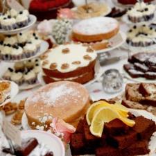 Vintage Cake Table.jpg